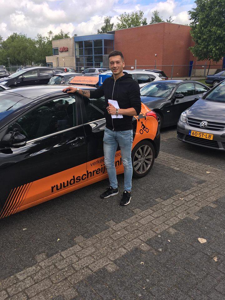 Nick hoogervorst, Ruud Schreijer, geslaagd, examen, Hoorn, rijbewijs