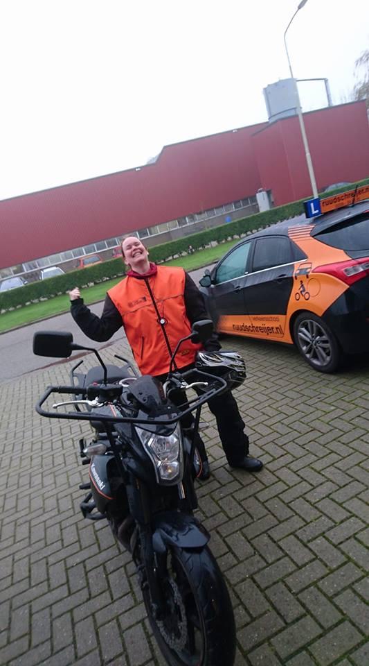 Amanda Serree, Ruud Schreijer, motorrijles Hoorn, Rijschool Hoorn, motorrijbewijs halen Hoorn