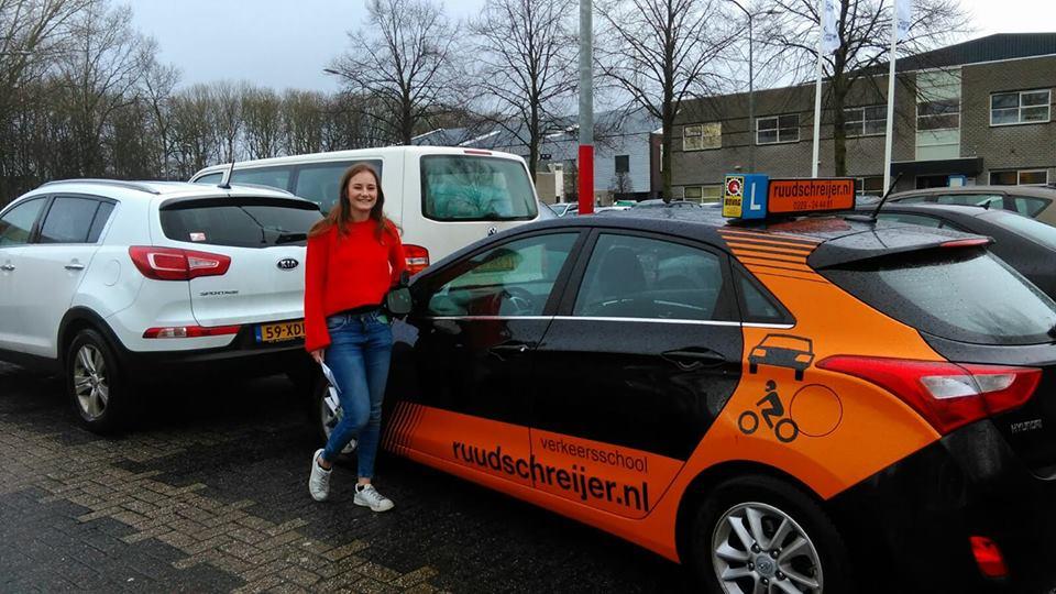 Amber Meijerink, ruud schreijer, rijschool Hoorn, rijschool zwaag, rijschool west friesland.
