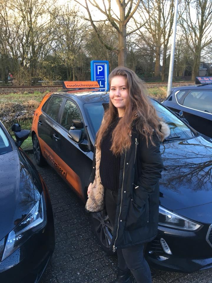 aicha de rijk, ruud schreijer, rijbewijs halen in Hoorn, rijles in Hoorn, rijschool in Hoorn.